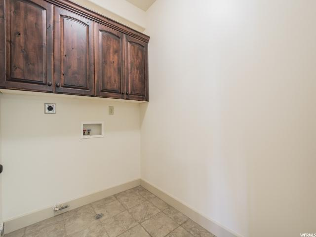 Additional photo for property listing at 2011 S 2100 E 2011 S 2100 E Unit: 200 盐湖城市, 犹他州 84108 美国