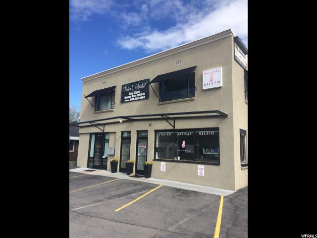 Commercial pour l Vente à 465 E 3300 S South Salt Lake, Utah 84115 États-Unis