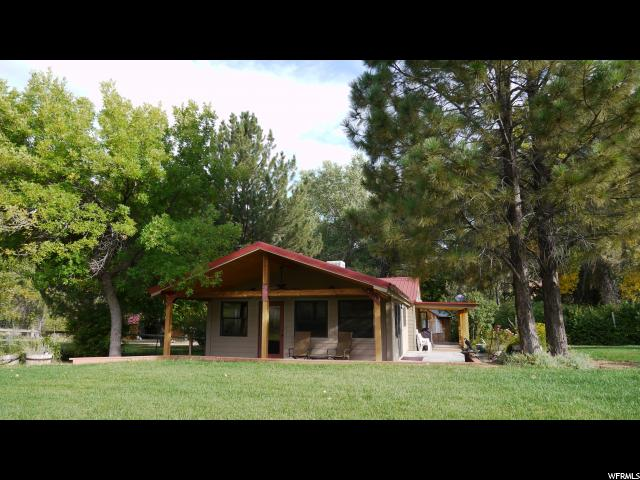 Single Family for Sale at 393 N CASTLECREEK Lane 393 N CASTLECREEK Lane Unit: 393 Castle Valley, Utah 84532 United States