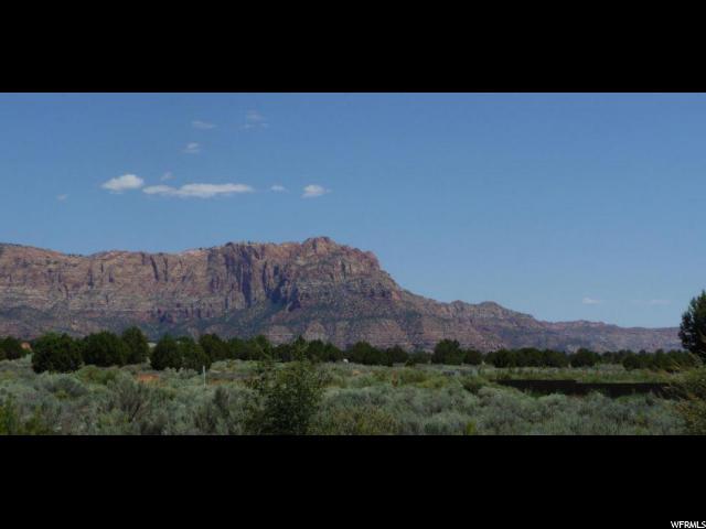 Terrain pour l Vente à 1366 E CEDAR Drive Apple Valley, Utah 84737 États-Unis