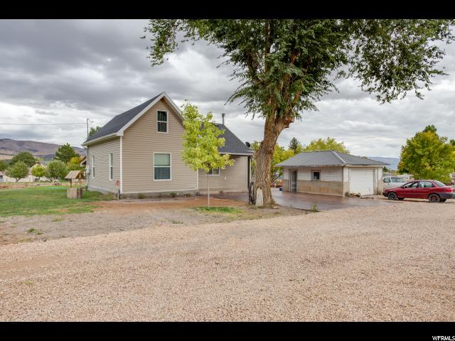 单亲家庭 为 销售 在 95 W 200 S Fountain Green, 犹他州 84632 美国