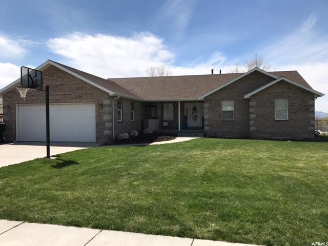 单亲家庭 为 销售 在 6993 N 2350 W Honeyville, 犹他州 84314 美国