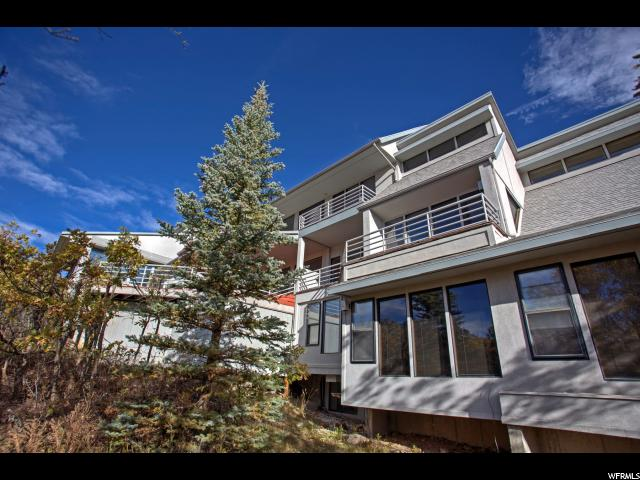 Single Family for Sale at 325 MOUNTAIN TOP Drive 325 MOUNTAIN TOP Drive Park City, Utah 84060 United States