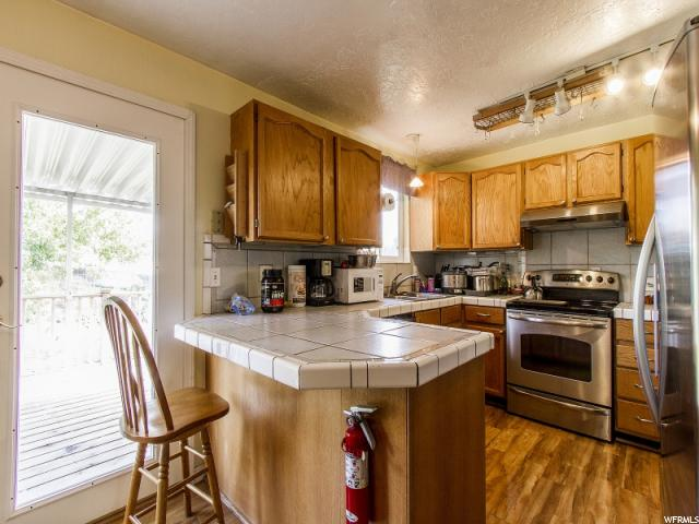 Additional photo for property listing at 842 S 1280 W 842 S 1280 W Clearfield, Utah 84015 Estados Unidos