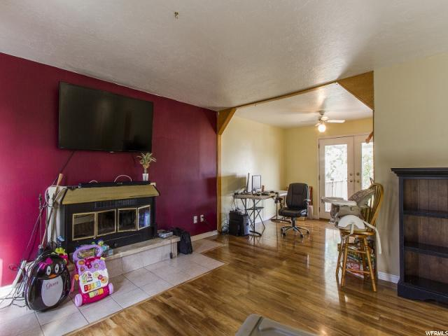 Additional photo for property listing at 842 S 1280 W  Clearfield, Utah 84015 United States