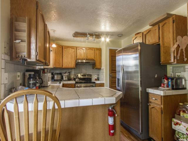 Additional photo for property listing at 842 S 1280 W  Clearfield, Utah 84015 Estados Unidos