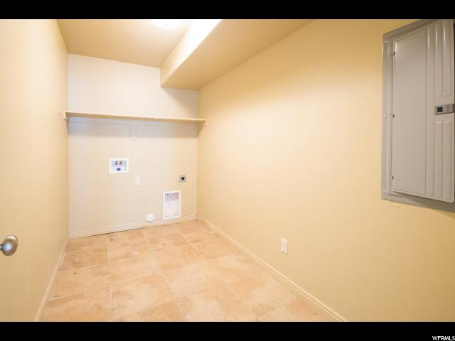 Additional photo for property listing at 2963 W 350 S 2963 W 350 S Vernal, 犹他州 84078 美国