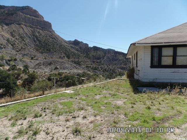 5 CIRCLE WAY East Carbon, UT 84520 - MLS #: 1411982