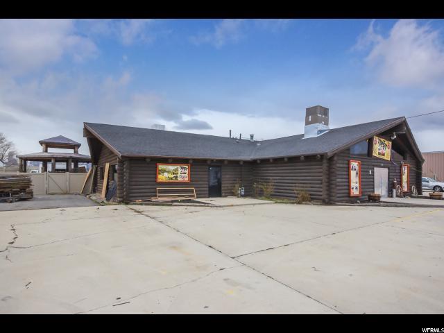 Commercial pour l Vente à 1972 N 300 W Spanish Fork, Utah 84660 États-Unis