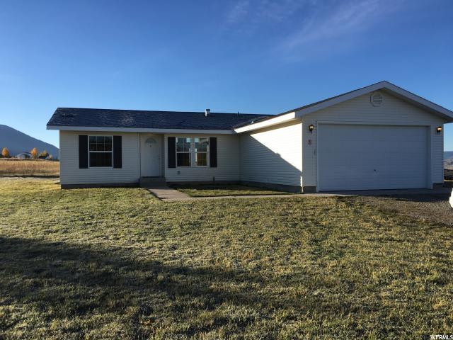单亲家庭 为 销售 在 39 GALLUP Circle 埃特纳, 怀俄明州 83118 美国