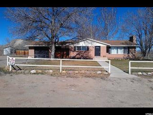 单亲家庭 为 出租 在 743 N HIGHWAY 121 Roosevelt, 犹他州 84066 美国