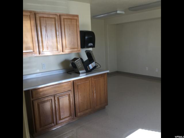 Additional photo for property listing at 1475 E 500 S 1475 E 500 S Vernal, 犹他州 84078 美国