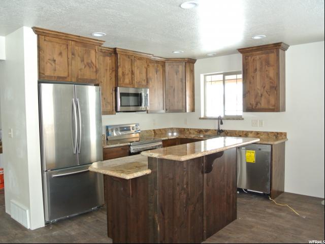 Additional photo for property listing at 411 N US HIGHWAY 89 411 N US HIGHWAY 89 Unit: 22 Garden City, Utah 84028 États-Unis