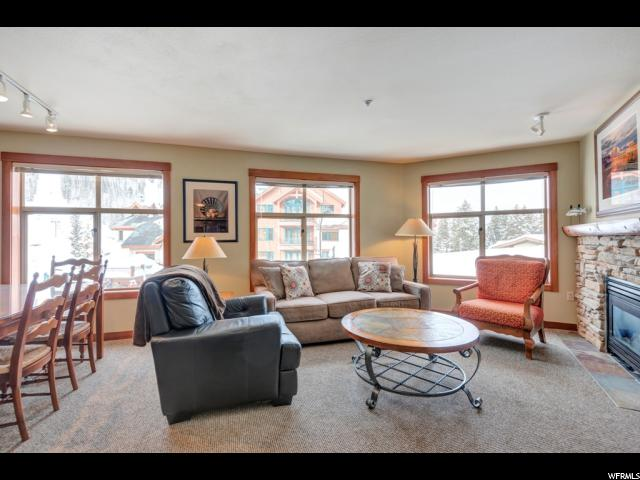 Appartement en copropriété pour l Vente à 12090 E BIG COTTONWOOD Road 12090 E BIG COTTONWOOD Road Unit: 319 Solitude, Utah 84121 États-Unis