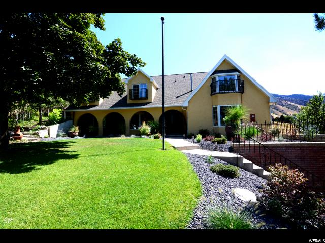 Single Family for Sale at 1150 LAMPLIGHTER Drive River Heights, Utah 84321 United States