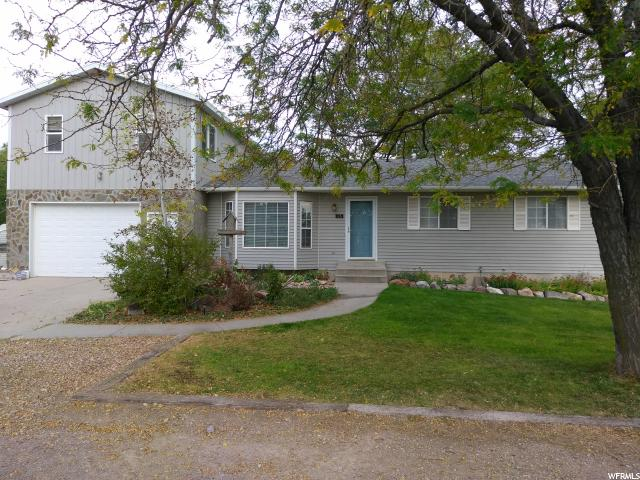 Single Family for Sale at 75 S COTTONWOOD Drive Leamington, Utah 84638 United States