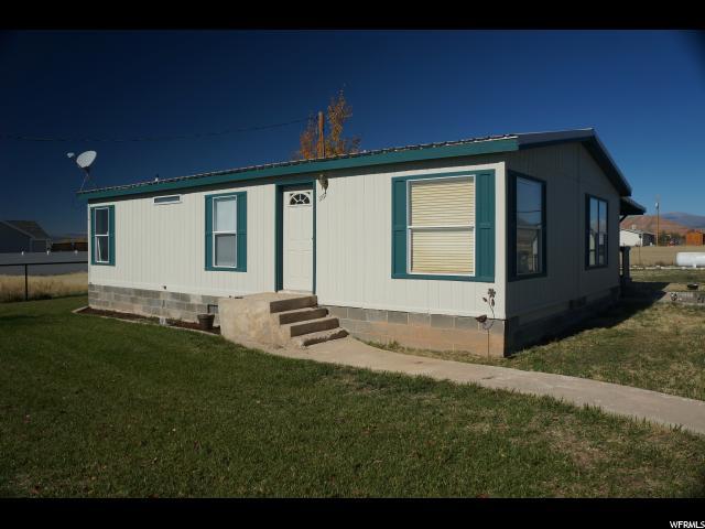 单亲家庭 为 销售 在 11611 E 6000 N Lapoint, 犹他州 84039 美国