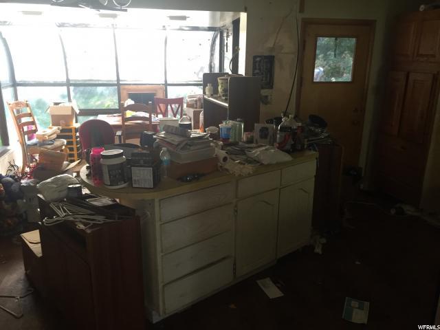 Additional photo for property listing at 749 E SUNSET Lane  South Ogden, Utah 84403 États-Unis