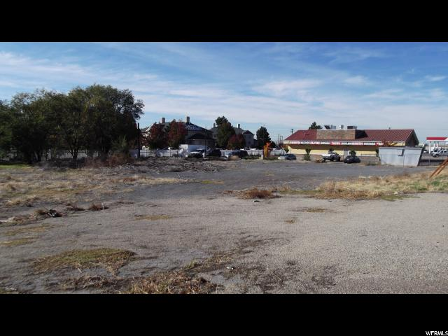 Additional photo for property listing at 150 E 1700 S  Clearfield, Utah 84015 Estados Unidos