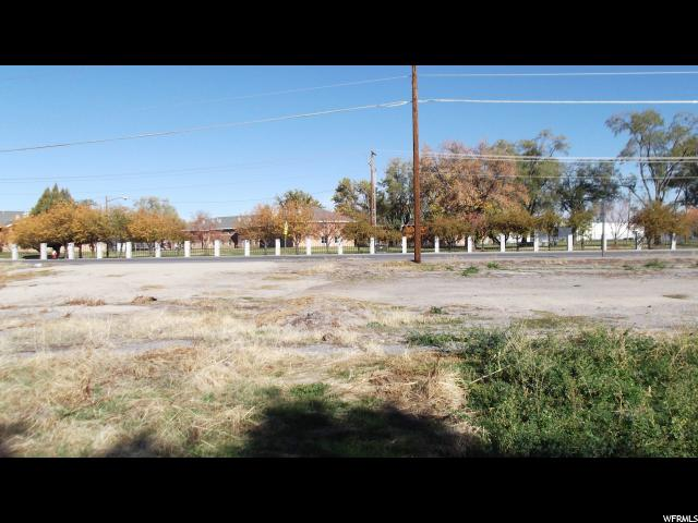Additional photo for property listing at 150 E 1700 S 150 E 1700 S Clearfield, Utah 84015 États-Unis