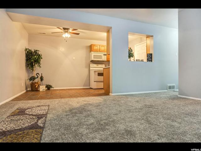 Additional photo for property listing at 4186 S OAK MEADOWS Drive 4186 S OAK MEADOWS Drive Unit: 21 Taylorsville, Utah 84123 États-Unis
