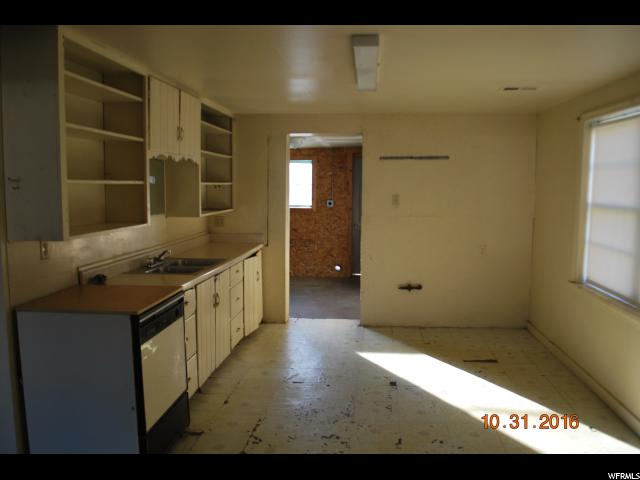 Additional photo for property listing at 55 N 100 W 55 N 100 W Salem, Юта 84653 Соединенные Штаты