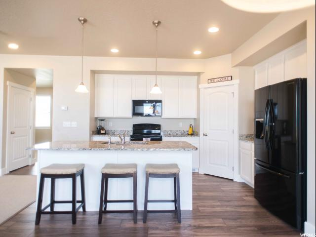 Additional photo for property listing at 4456 W LOWER MEADOW Drive 4456 W LOWER MEADOW Drive Unit: 6 Herriman, Utah 84096 États-Unis