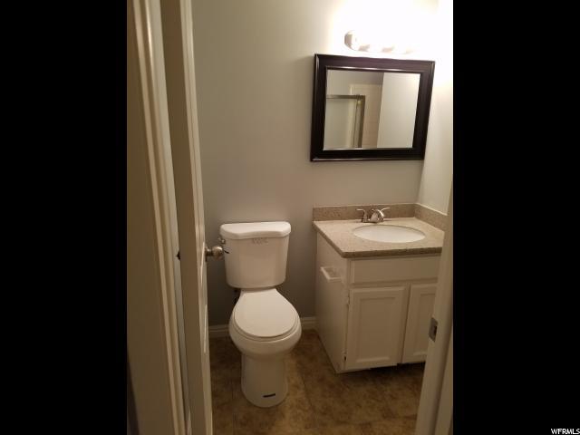 Additional photo for property listing at 2567 W LEDGEWOOD Drive 2567 W LEDGEWOOD Drive Unit: 20 Taylorsville, Utah 84129 United States
