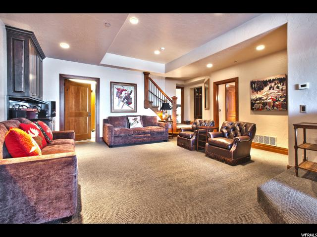 Additional photo for property listing at 8720 EMPIRE CLUB Drive 8720 EMPIRE CLUB Drive Park City, Utah 84060 États-Unis