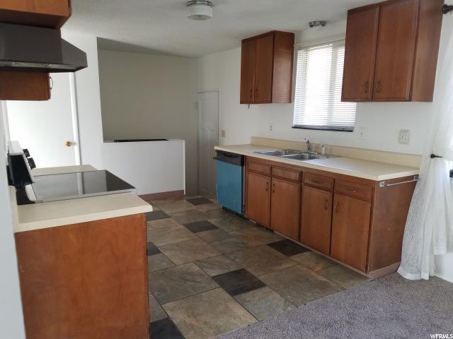 Additional photo for property listing at 470 N 125 E  North Salt Lake, Юта 84054 Соединенные Штаты