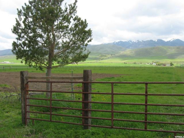 土地 为 销售 在 3545 N 4400 W Clifton, 爱达荷州 83228 美国