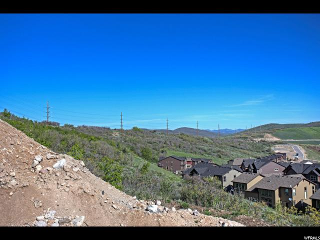 Additional photo for property listing at 13201 E ALEXIS Drive 13201 E ALEXIS Drive Unit: 308 Heber City, Utah 84032 United States