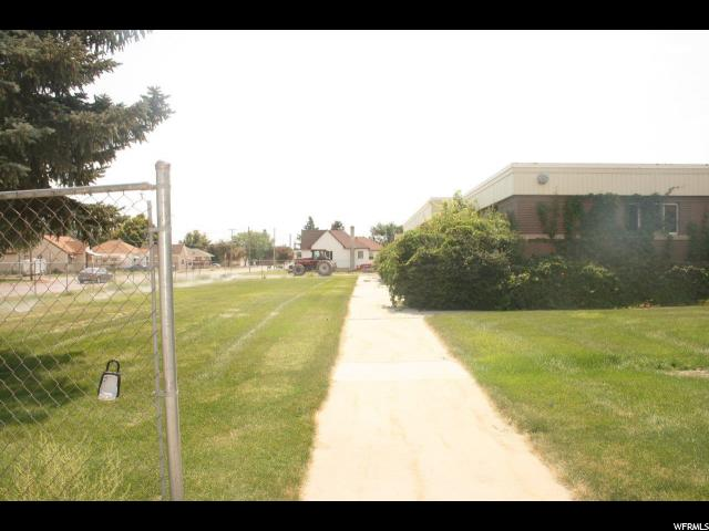 Additional photo for property listing at 217 N MAIN  Garland, Utah 84312 États-Unis