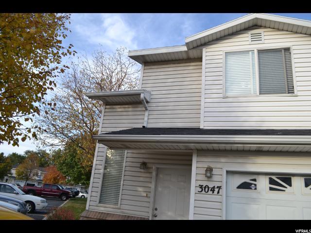 Maison accolée pour l Vente à 3047 SHADYWOOD WAY West Valley City, Utah 84119 États-Unis