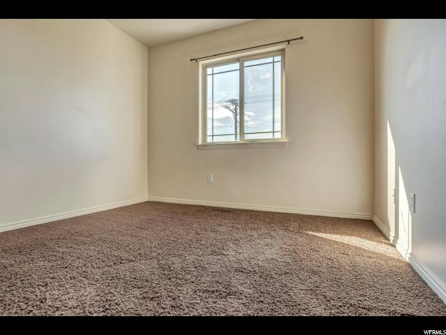 Additional photo for property listing at 682 S 1545 W  Orem, Utah 84058 États-Unis