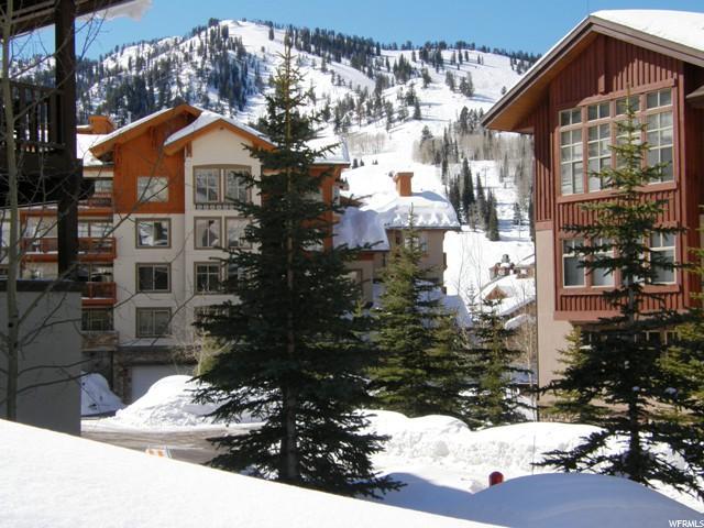Additional photo for property listing at 12090 E BIG COTTONWOOD Road 12090 E BIG COTTONWOOD Road Unit: 312 Solitude, Utah 84121 États-Unis