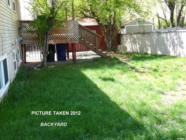 Additional photo for property listing at 901 E 10600 SOUTH S 901 E 10600 SOUTH S Sandy, Utah 84094 États-Unis