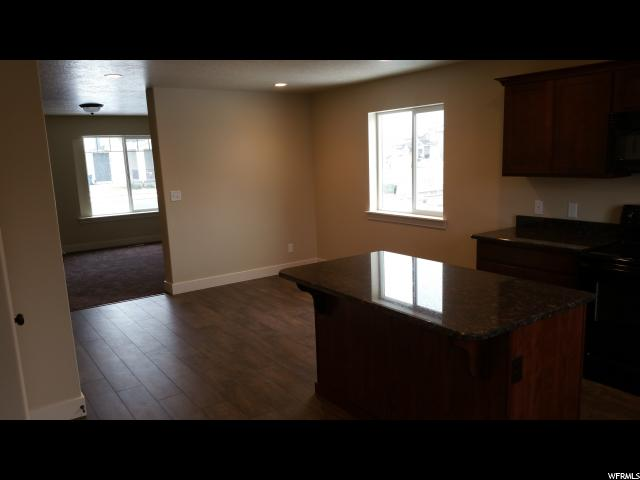 Additional photo for property listing at 96 N RUE DE MATTH 96 N RUE DE MATTH Unit: 124 Vineyard, Utah 84057 Estados Unidos