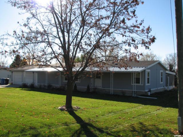 单亲家庭 为 销售 在 295 N 100 E Richmond, 犹他州 84333 美国