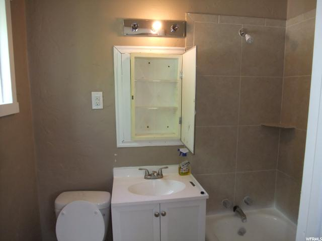 Additional photo for property listing at 2366 S ORCHARD Avenue  Ogden, Utah 84401 États-Unis