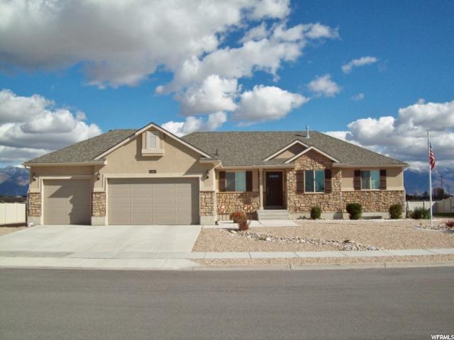 单亲家庭 为 销售 在 69 S 2775 W West Point, 犹他州 84015 美国