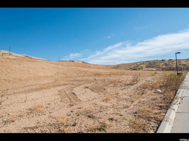 Additional photo for property listing at 4851 N VIALETTO WAY  Lehi, Utah 84043 United States