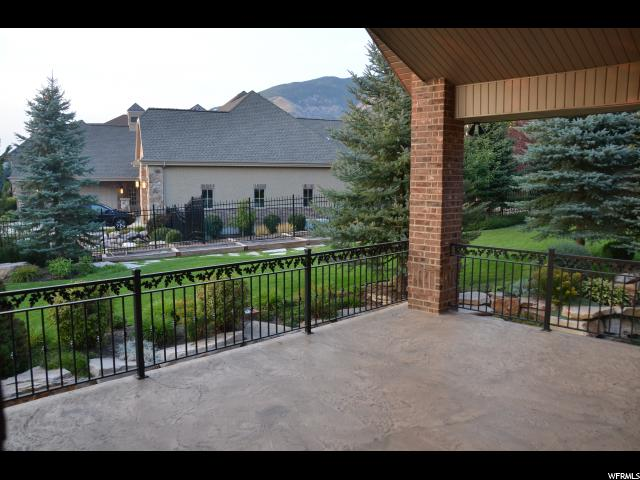 Additional photo for property listing at 686 W SPRINGWOOD Drive  Farmington, 犹他州 84025 美国