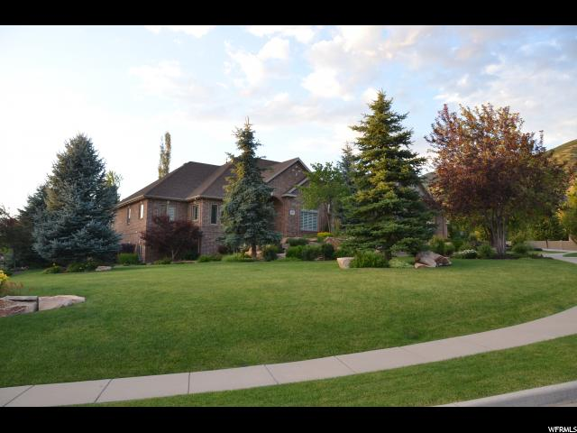 Additional photo for property listing at 686 W SPRINGWOOD Drive  Farmington, Utah 84025 United States