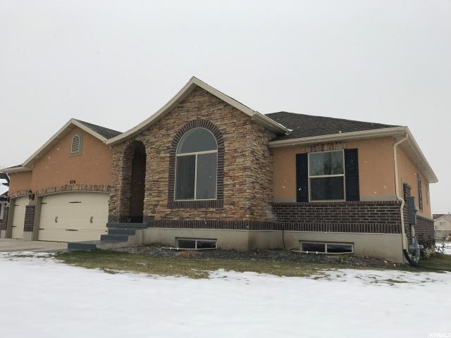 单亲家庭 为 销售 在 836 W 1320 N West Bountiful, 犹他州 84087 美国