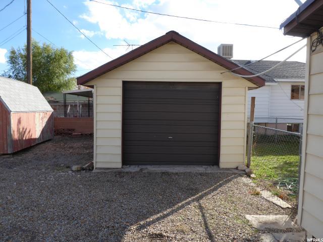 Additional photo for property listing at 466 E 300 N 466 E 300 N Price, Юта 84501 Соединенные Штаты