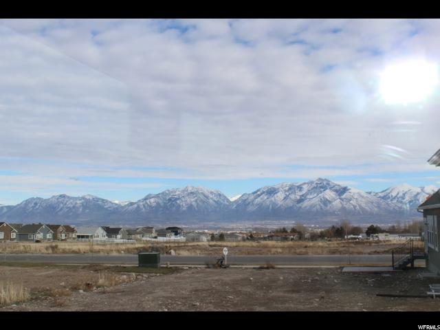 Additional photo for property listing at 7542 W SAGE GRASS Lane 7542 W SAGE GRASS Lane Unit: 2 Herriman, Utah 84096 États-Unis