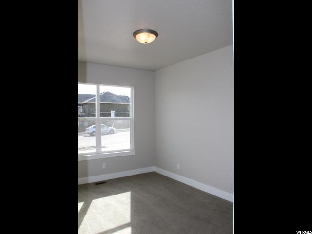 Additional photo for property listing at 7542 W SAGE GRASS Lane 7542 W SAGE GRASS Lane Unit: 2 Herriman, Utah 84096 États-Unis