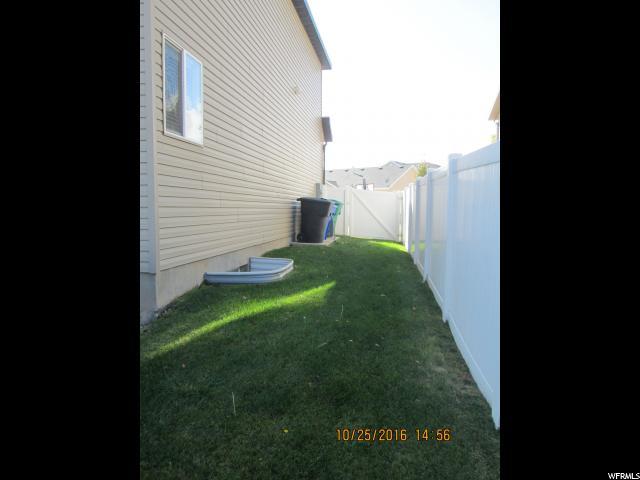 Additional photo for property listing at 6494 W OAK BRIDGE Drive  West Jordan, Utah 84081 United States