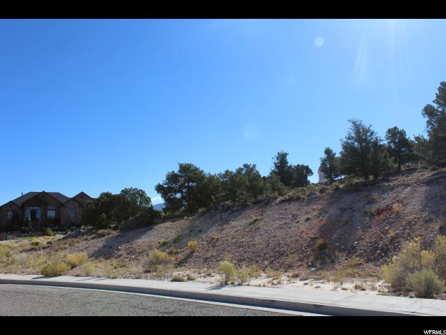 Additional photo for property listing at 207 S RIDGEVIEW LOOP  Cedar City, 犹他州 84720 美国